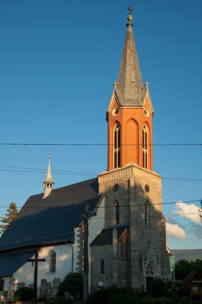 Kościół katolicki w Miłkowie
