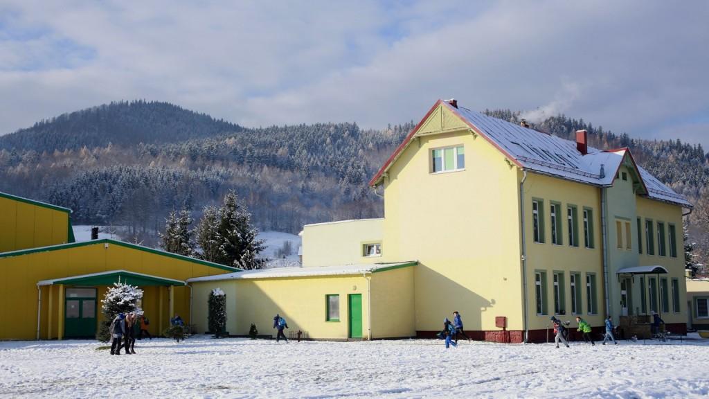 Szkoła im.Stanisława Marusarza w Miłkowie